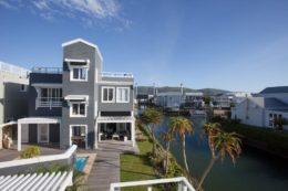 Thesen Island Rental